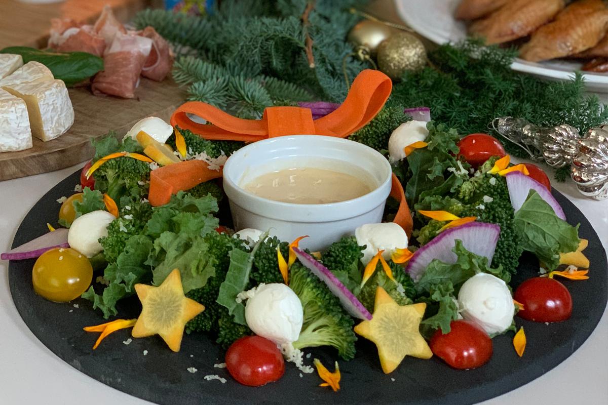CHRISTMAS RECIPE④ | 野菜のリースディップサラダ